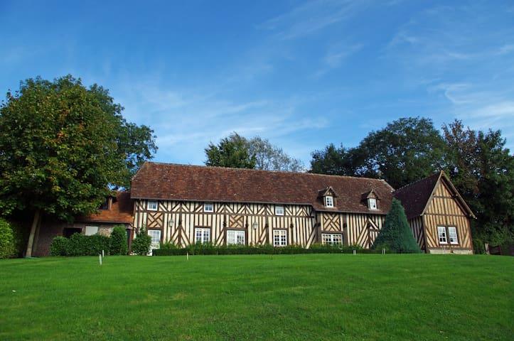 Demeure de charme au coeur du Pays d'Auge - Sainte-Marguerite-de-Viette - House