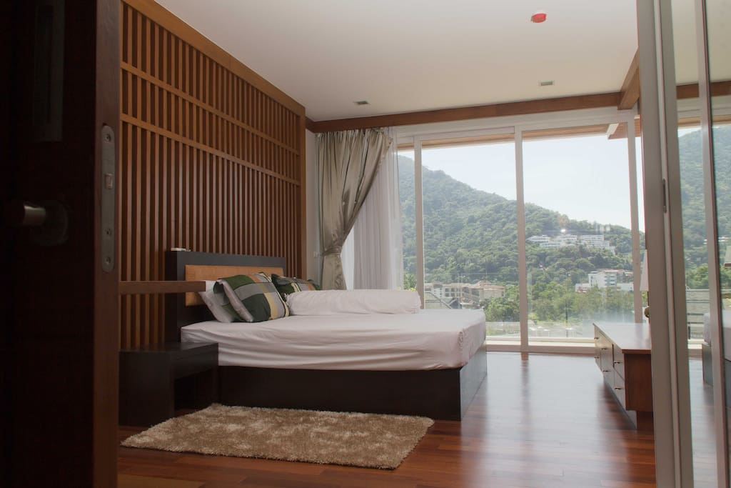 Bedroom and the mountian view