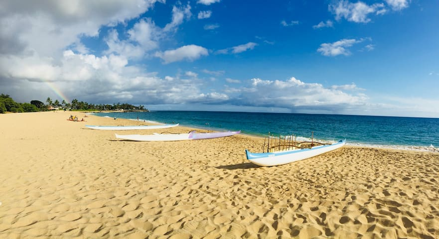 Walk to world famous Mākaha Beach
