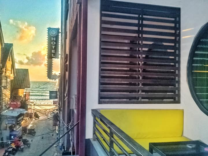 OCEANVIEW Off FULL MOON HAAD RIN BEACH! 4-Ppl Max