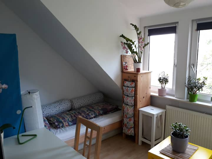 Schönes Zimmer Nähe Überseestadt