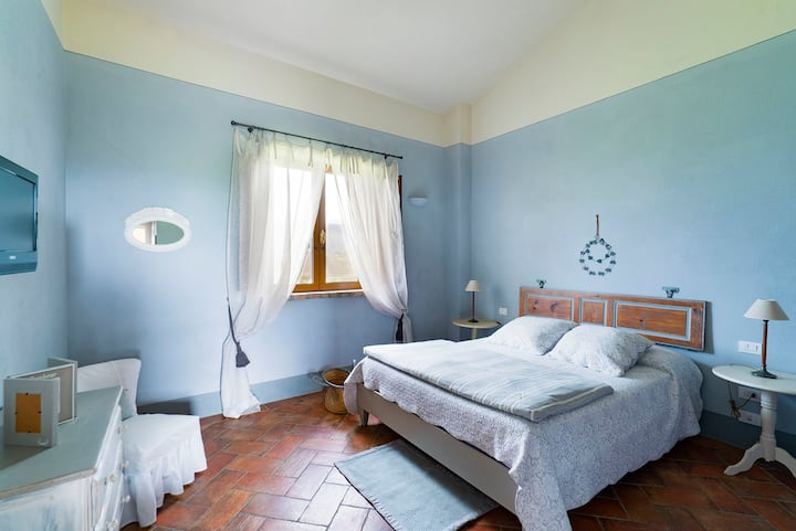 double room between the olive tree