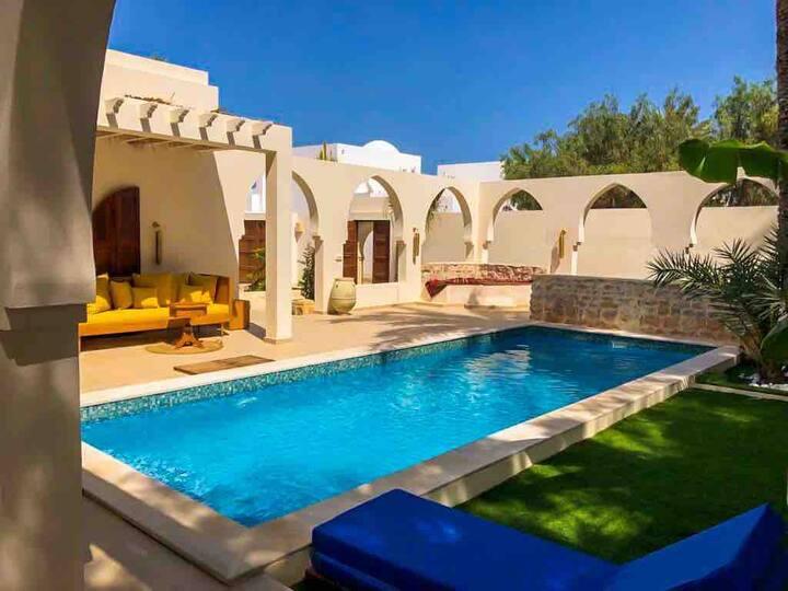 Charmante villa de rêve avec piscine Dar AlAndalus