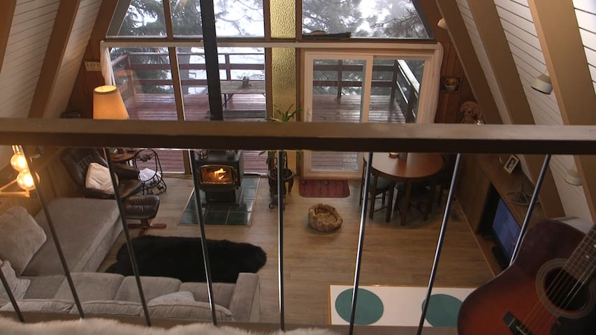 Cozy A Frame Mid-Century Modern Cabin in the woods