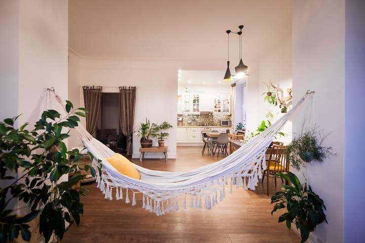 Уникальная комната в арт-пространстве
