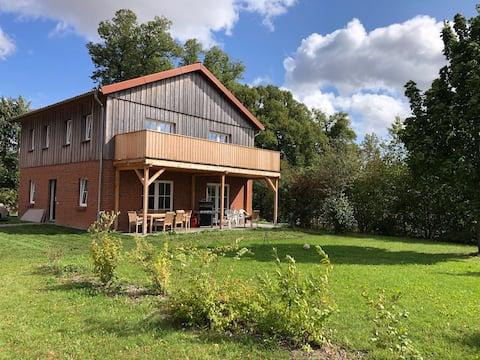 Farm-Chalet Renzow Apartment Balkon