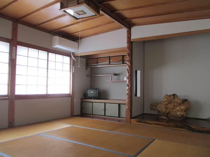 【ゆうひ68】のんびり白山で暮す 鶴来 2〜3人利用可個室 #cototto #金沢駅 #加賀白山