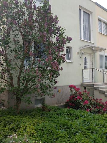 Apartment mit Blick auf Dresden, Nähe Stadtzentrum