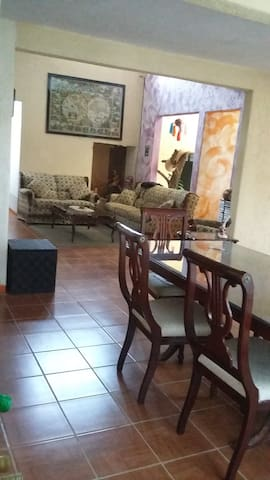 Casa de descanso en Oaxaca - Tlalixtac de Cabrera - Casa