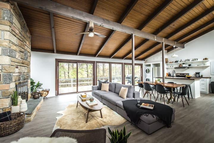 Midcentury Modern Cottage