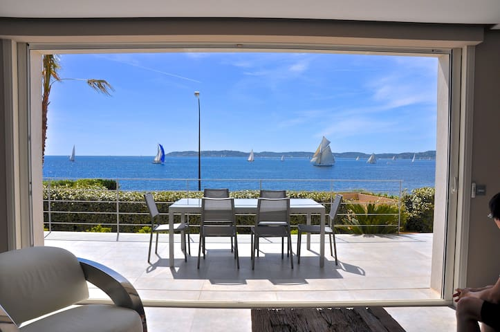 CENTRAL... with PANORAMIC SEA VIEWS ! Heated Pool.