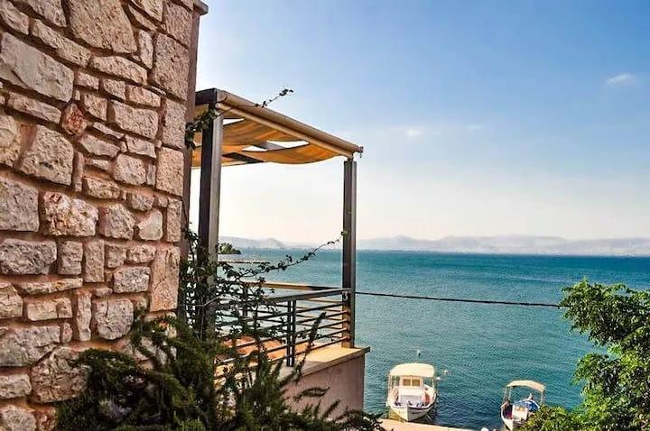 Seafront villa in Kiveri, Nafplion