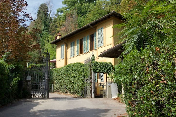 Country villa just 550m from the historic center