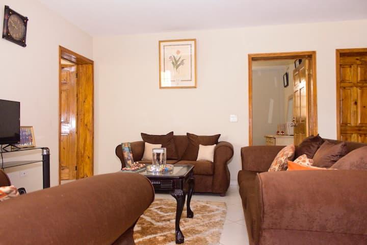 Chambre privée dans un cozy appartement- Delmas 75