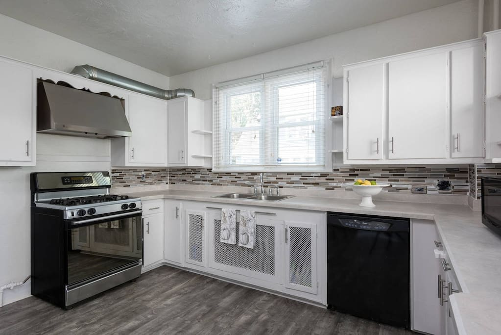 Fully Stocked Kitchen For Your Convenience