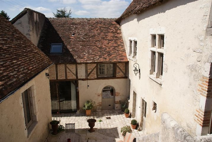 Les Greniers de Vineuil, suite familiale 70 m2 - Vineuil - Bed & Breakfast