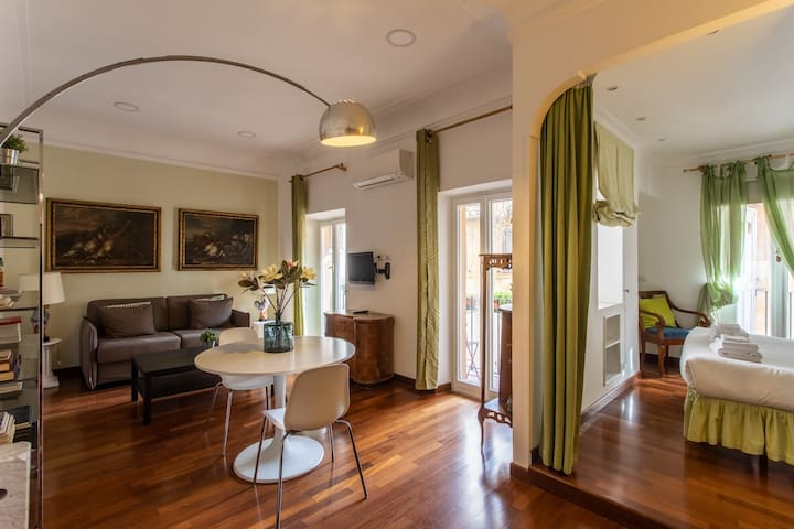 Gambero Apartments per 2 persone-Piazza di Spagna