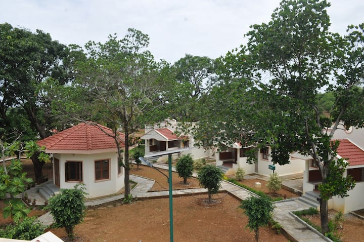 Just Gokarna(Holiday Home AC rooms with Breakfast)