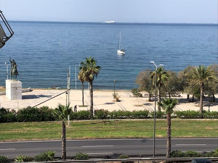 Finer Things Flisvos Beach Condo in Palaio Faliro