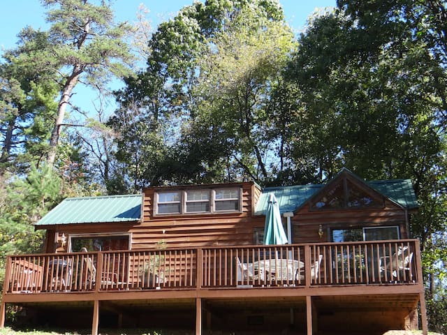 Asheville's Country Retreat- Balsam Mountain Cabin - Candler - Chalet
