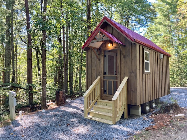 Maple Tiny Home at Bleu Canoe Campground
