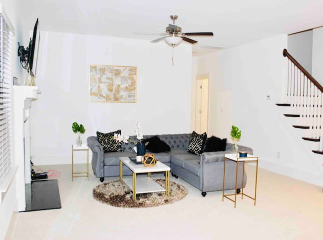 Rare Find★ Brand New★ Gorgeous 5Bedroom 4Bath Home
