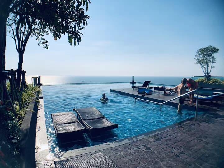 North Pattaya seaview condo,private beach