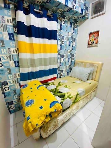Dua single size bed model susun