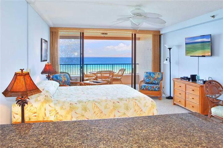 Junior Suite Oceanfront #403