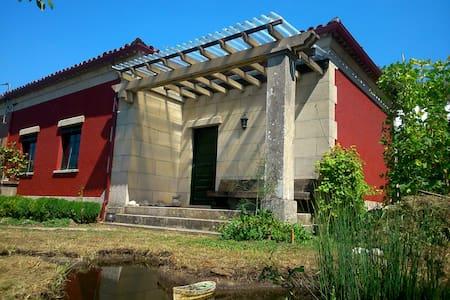 Casa de campo con ambiente ferroviario - A Estación