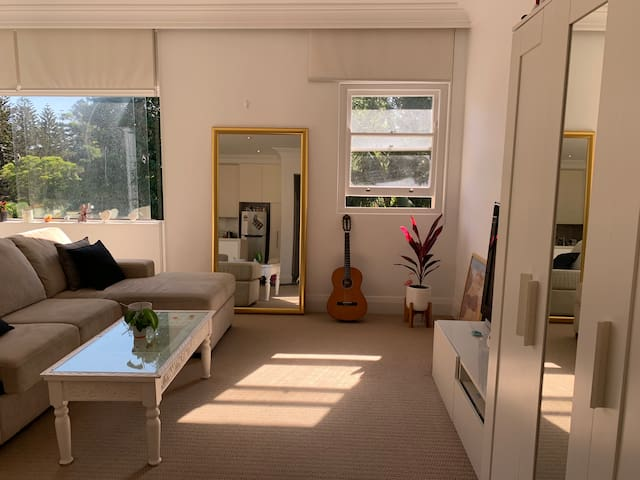 Cosy Room 15min Walk from Bondi Beach