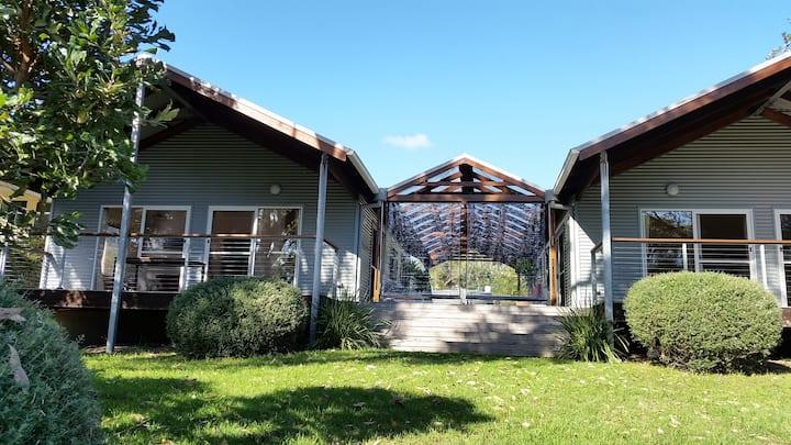 Banskia House Congo