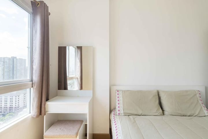 Spacious-Tidy 1bedroom in Jatujak