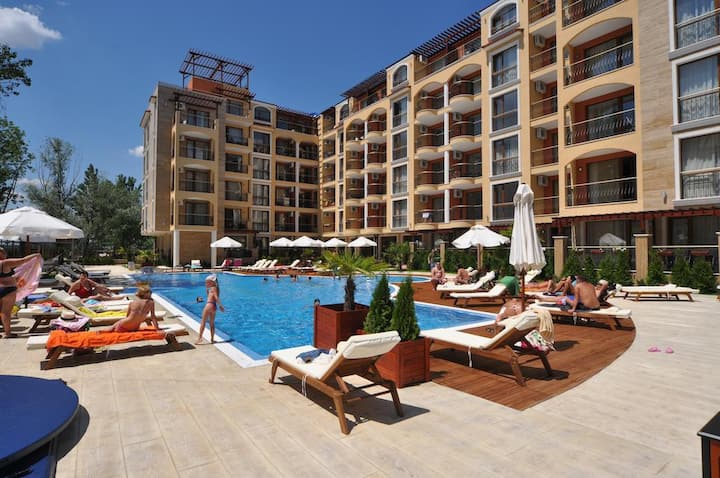 1 studio in 5-start resort - Sunny Beach Bulgaria