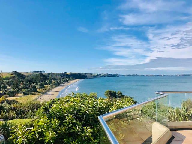 Amazing Ocean Clifftop mansion