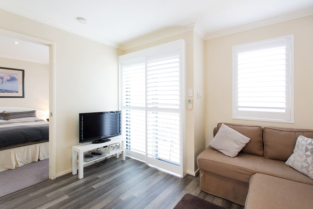 Joondalup cbd modern apartment with everything flats for Beds joondalup