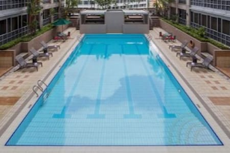 Junior Master room w/ ensuite near River, CBD, MRT - Singapore - Condominium