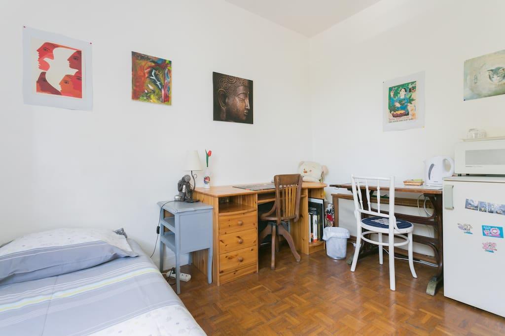 Antony chambre pour 1 personne appartements louer for Louer une chambre sans fenetre