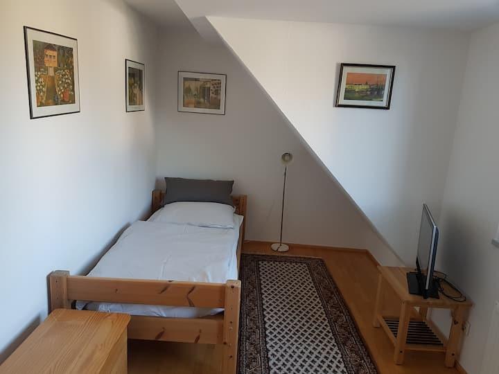 Haus Rösrath in Hasbach, nah an Köln & Bonn & AIP