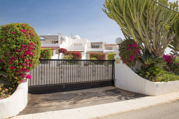 Los Llanos lovely 2 Bedroom, 1 bathroom apartment