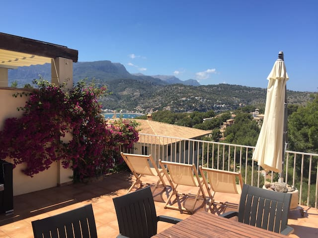 Duplex Mountains & Sea view - Port de Sóller - Apartamento