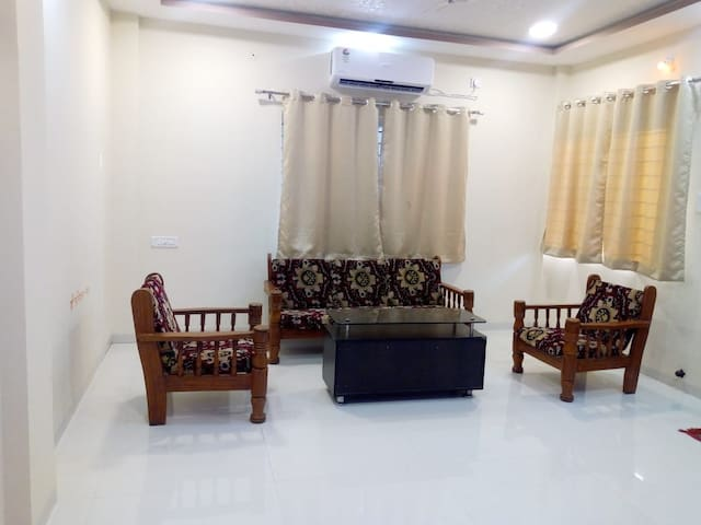 Spacious & comfortable 3 BHK Villa