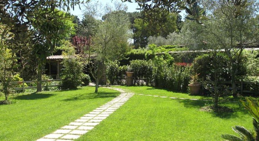 Locanda  Di Decima.. Garden experience.....