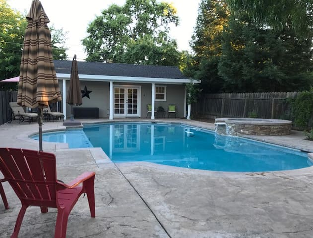 Cottage With Pool