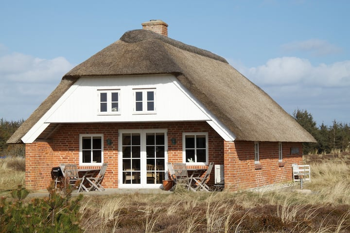 Holiday House close to the North Sea