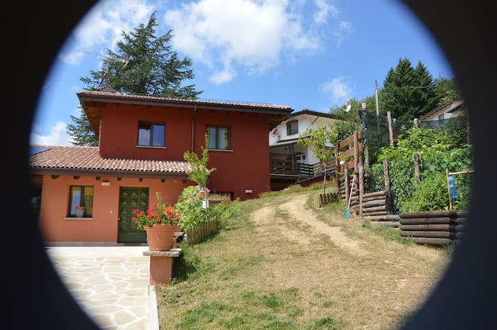 B&B La Piazzetta - Rasora - Bed & Breakfast