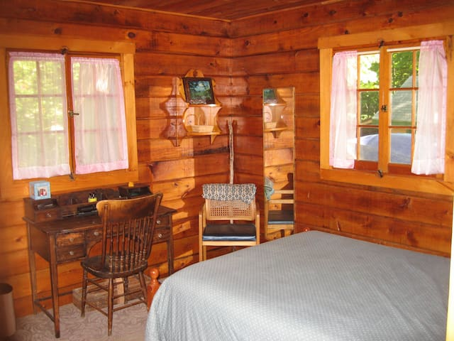 Maine Northwoods Log Cabin - Greenville - Cabana