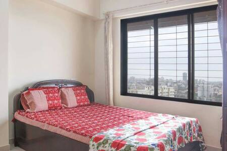 Private Room Near Highway-WiFi/Kitchen/16th floor - Mumbai - Lakás