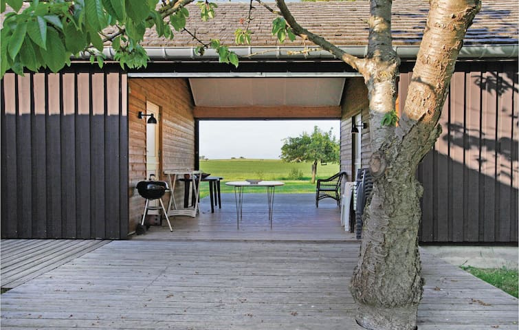 Holiday cottage with 1 bedroom on 83m² in Gørlev