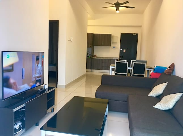 2 Bedrooms HomeStay at Bukit Indah for 4 Pax (New)